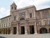 la-Chiesa-della-Colleggiata-di-Offida-sita-nella-Piazza-del-Popolo