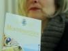 Ermetina Mira con la nuova guida turistica di Monteprandone
