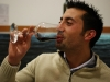 Rocco Vallorani mentre degusta uno dei suoi vini