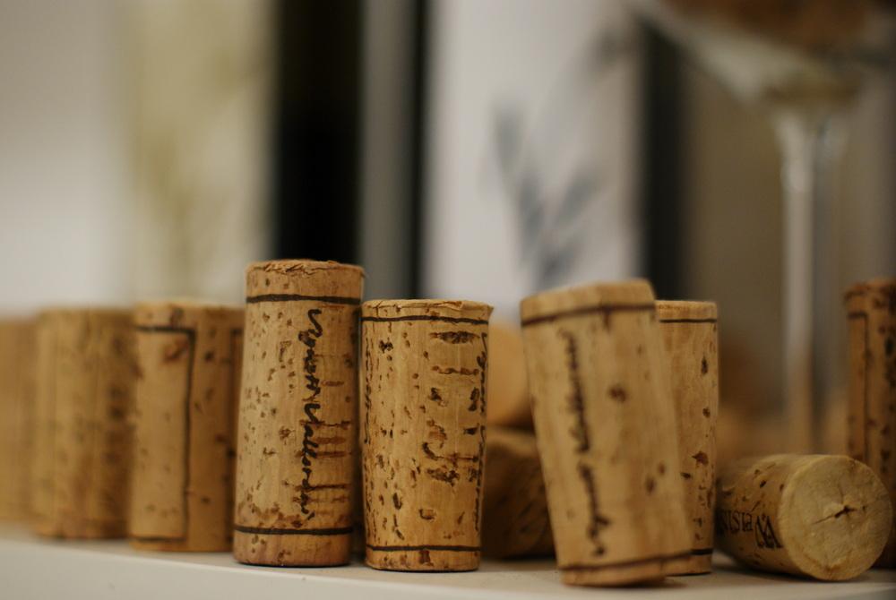 Particolare dei tappi utilizzati dall'Azienda Vigneti Vallorani di Colli del Tronto